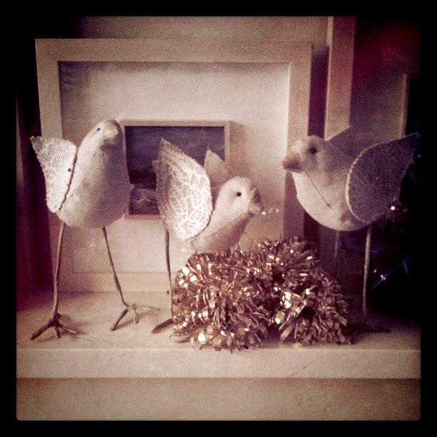 Three classy linen avians